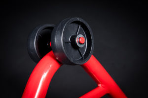 motorradstaender-vorne-montagestaender-hinten-motoradständerset-ricambi-weiss-rot-1200px-05-300x200