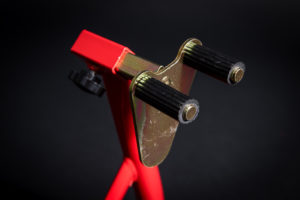 motorradstaender-vorne-montagestaender-hinten-motoradständerset-ricambi-weiss-rot-1200px-11-300x200